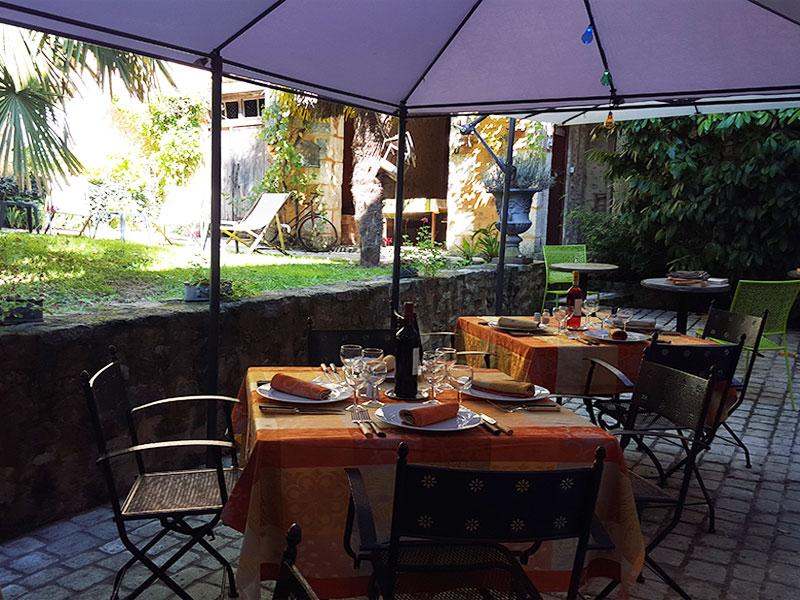 restaurant-la-quinta-nontron-angouleme-france.jpg